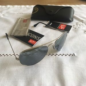 RayBan Silver Mirror 58mm ‼️Authentic ‼️